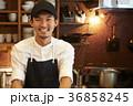 人物 男性 カフェの写真 36858245