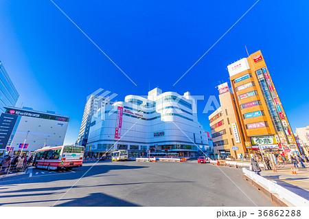 東京 京王線 調布駅の駅前風景 36862288