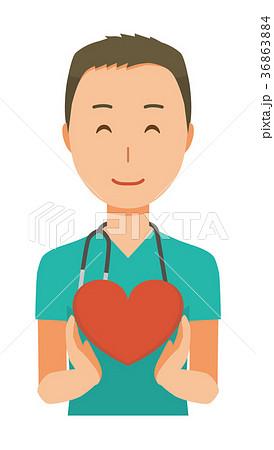 緑色のスクラブを着た男性医師がハートマークを持っている 36863884