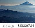 八ヶ岳・赤岳山頂から望む富士山と茅ヶ岳 36880784