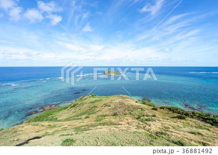 石垣島・平久保崎灯台近くから見る風景 36881492