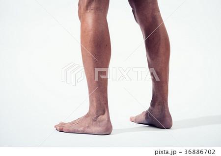 筋肉質 脚 足 日本人男性 36886702