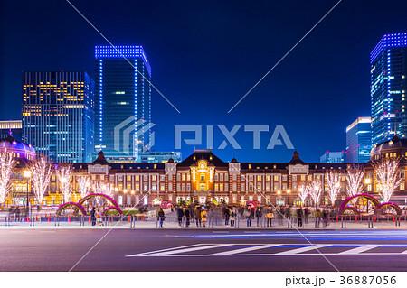 東京駅 駅前正面からの夜景 36887056