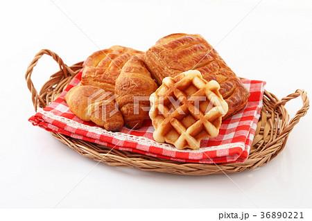 おいしそうなパン 36890221