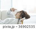 女性 若い スマホの写真 36902535