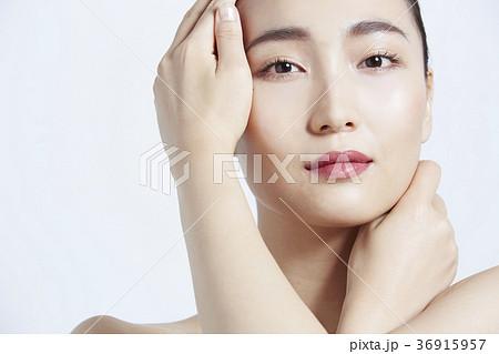 美しい女性 ビューティーポートレート 36915957