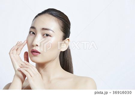 美しい女性 ビューティーポートレート 36916030