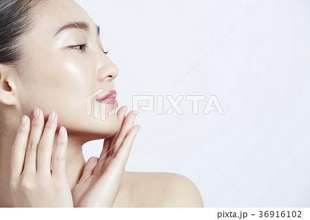 美しい女性 ビューティーポートレート 36916102