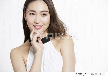 美しい女性 ビューティーポートレート 36916126