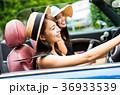 沖縄を旅する女性 36933539