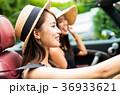 沖縄を旅する女性 36933621
