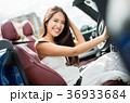 沖縄を旅する女性 36933684