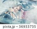 沖縄を旅する女性 36933735