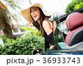 沖縄を旅する女性 36933743
