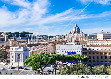 ローマ サン・ピエトロ大聖堂 36939256