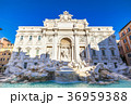 ローマ トレビの泉 イタリアの写真 36959388