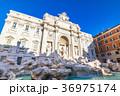 ローマ トレビの泉 イタリアの写真 36975174