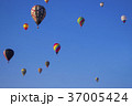熱気球 バルーン 気球の写真 37005424