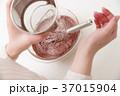 ボウル ふるい お菓子の写真 37015904