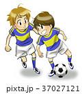サッカー 少年 子どものイラスト 37027121