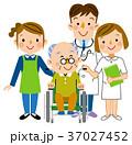 介護 通院介助 ヘルパーのイラスト 37027452