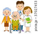 介護  老夫婦と医者と看護士 37027453