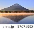 精進湖畔からの風景-778100 37071552