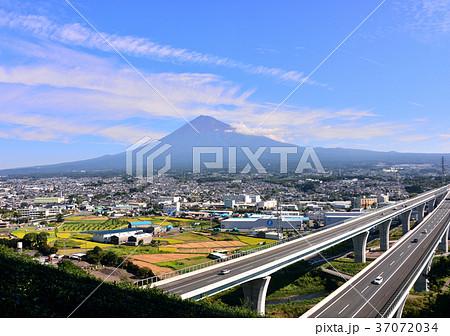新東名と富士山-6829 37072034