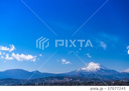 《神奈川県》湘南平より望む富士山 37077245
