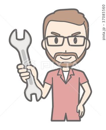メガネをかけて髭を生やした男性がレンチを持っている 37085560