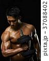 男性 トレーニング ウェイトトレーニングの写真 37088402