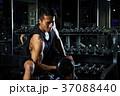 ジム ダンベル トレーニングの写真 37088440