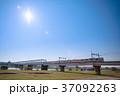 多摩川を渡る京王電車 37092263