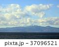 大島から遠望 伊豆天城山 37096521