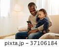 息子 子供 ファミリーの写真 37106184