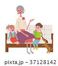人物 座る シニアのイラスト 37128142