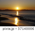 夜明け 七里ヶ浜海岸 初日の出の写真 37140006