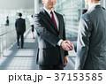 握手 ビジネスマン ビジネスの写真 37153585