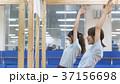 女性 スポーツクラブ 人物の写真 37156698