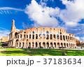 コロッセオ ローマ イタリアの写真 37183634