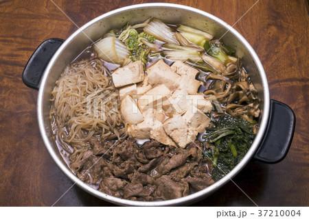 アルミの鍋で作ったすき焼き 37210004