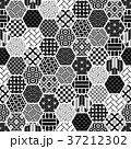 亀甲 背景 和柄のイラスト 37212302