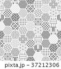 亀甲 背景 和柄のイラスト 37212306