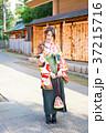 袴を着た女性 37215716