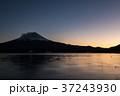 富士山 夕暮れ 河口湖の写真 37243930