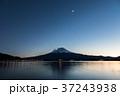 富士山 夕暮れ 河口湖の写真 37243938