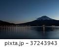 富士山 夕暮れ 河口湖の写真 37243943