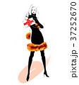 バレンタインの告白 黒ドレス 37252670