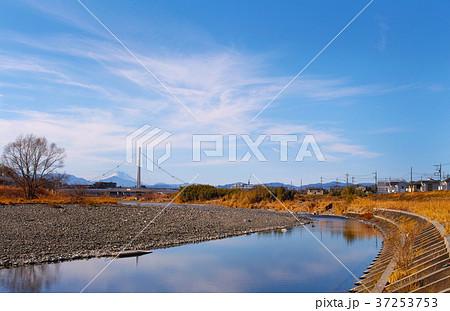 【多摩の富嶽八景】富士山とふれあい橋(東京都日野市) 37253753