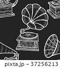 蓄音機 音楽 レトロのイラスト 37256213